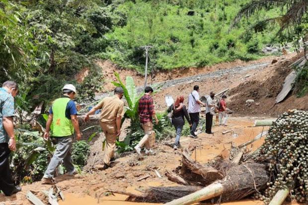 Pemkot Palopo Pastikan 12 KK Korban Longsor Terima Bantuan Rumah