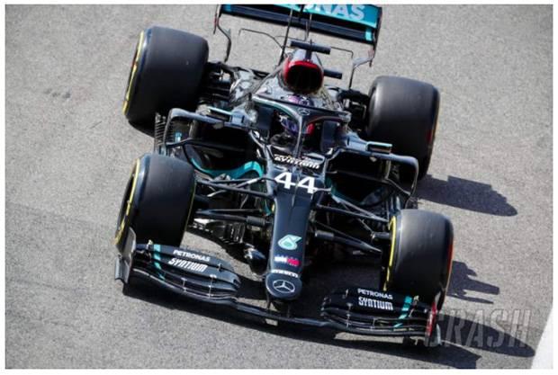 Kuasai Sirkuit Mugello, Lewis Hamilton Rebut Pole Position ke-95