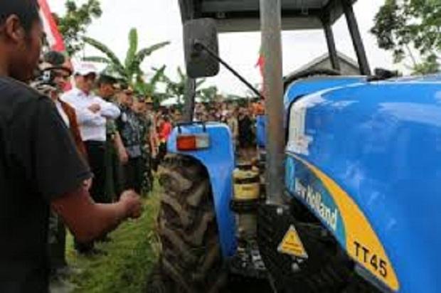 Kementan Bantu Pertanian Sumba Timur dengan Alsintan