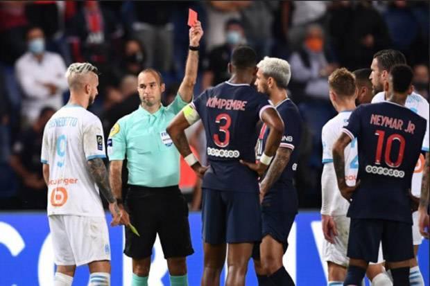 20 Kartu Merah Dikeluarkan dalam 3 Pertandingan Pertama Ligue 1