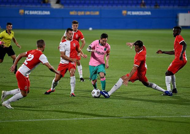 Barcelona Kandaskan Girona di Laga Uji Coba, Messi Cetak Brace
