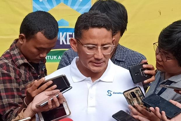Masuk Tim Bobby Nasution, Sandi Diuntungkan karena Dukung Keluarga Presiden