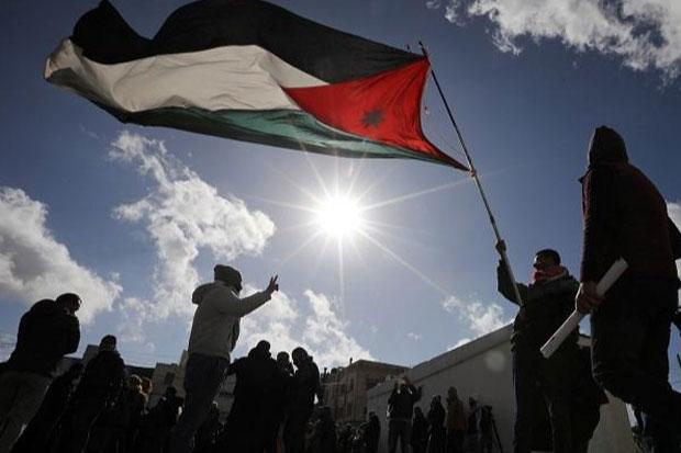 Israel Disebut Rusak 100.000 Unit Tes Swab COVID-19 untuk Warga Palestina