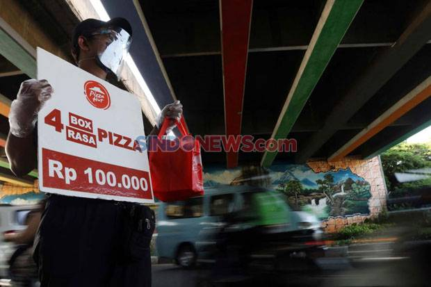 Karyawan Pizza Hut Jualan di Jalan, Bagaimana Pergerakan Sahamnya