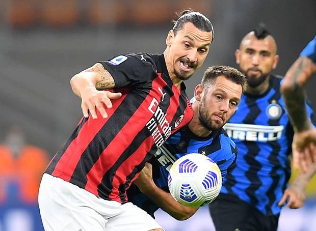 AC Milan Cicipi Puncak Klasemen Serie A Usai Bungkam Inter
