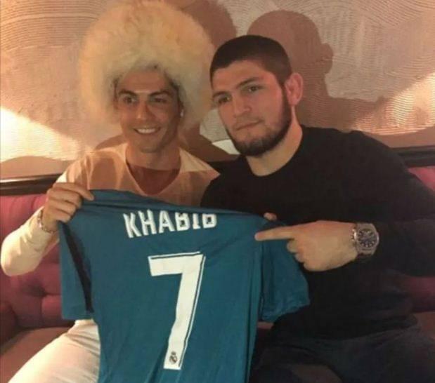 Ronaldo Dukung Khabib Bekuk Gaethje: Tentu Khabib Menang, Insya Allah!