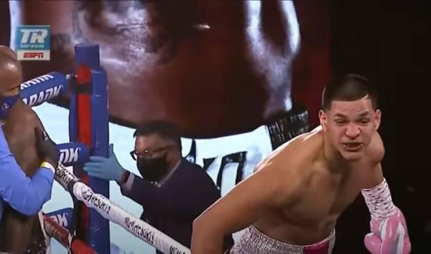 15 Duel 15 Menang KO Ronde 1, Mike Tyson Nasihati Edgar Berlanga