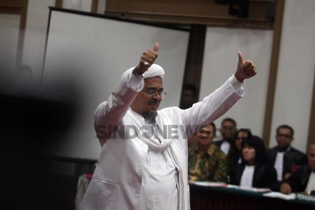 Refly Harun Mengaku Menunggu Habib Rizieq Pulang