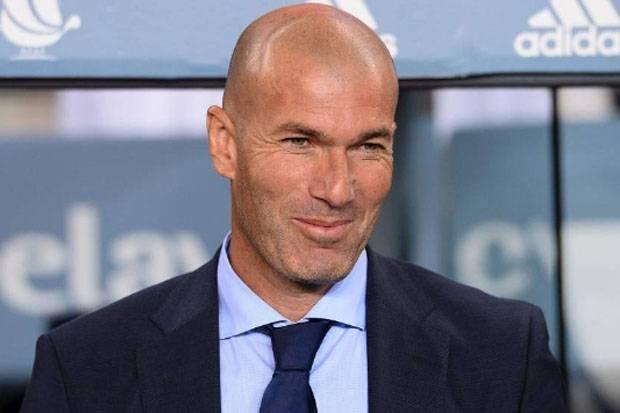 Ini yang Bikin Fans Madrid Termehek-mehek Pada Zidane Jelang El Clasico