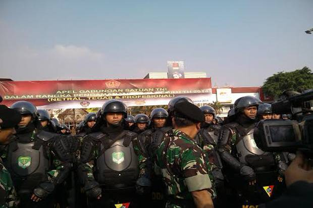 Bahas Perpres Pelibatan TNI, DPR: Harus Sesuai UU