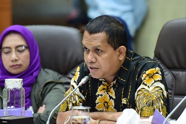 Upah Minimum 2021 Tak Naik, DPR Dorong Pemerintah Berikan Bansos untuk Pekerja