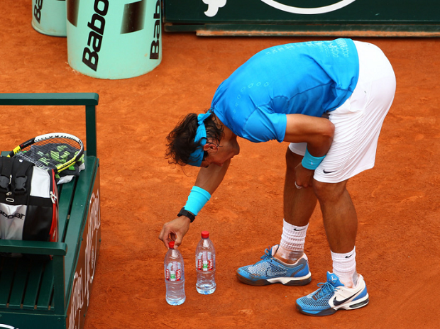 Ritual Unik Nadal di Lapangan Tenis, Normal atau Gejala OCD?