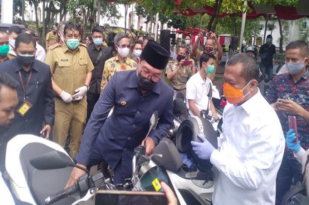 2021, Ridwan Kamil Wajibkan Kendaraan Dinas Diganti Mobil-Motor Listrik