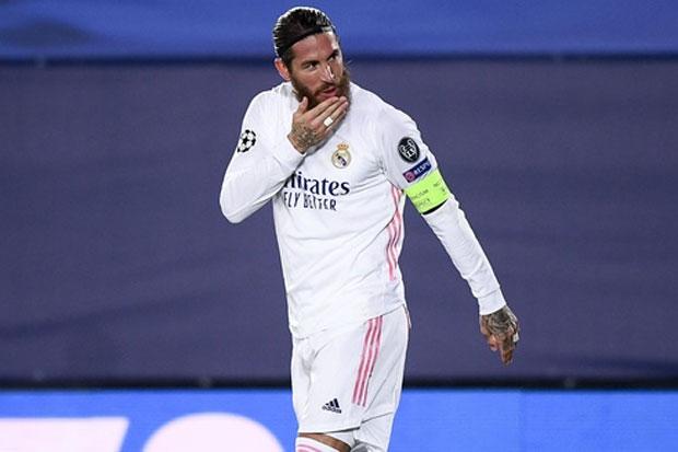 Zidane Yakin Ramos Akan Tetap Bertahan Usai Cetak 100 Gol untuk Madrid