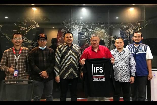 Berbagi Sesama lewat Program Indonesia Food Share