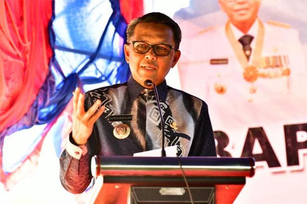 Gubernur Lepas Ekspor Kemiri dan Panen Raya Padi di Pinrang