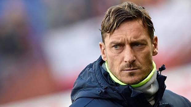 Pengalaman Francesco Totti Melawan Virus Corona