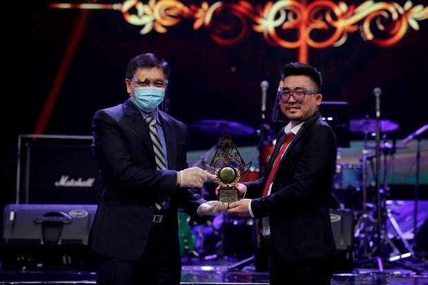 Indonesia Property & Bank Award 2020 Apresiasi atas Extraordinary dan Kepedulian Terhadap Sesama