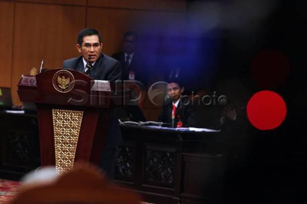 Eks Ketua MK: Mendagri Tak Bisa Berhentikan Kepala Daerah