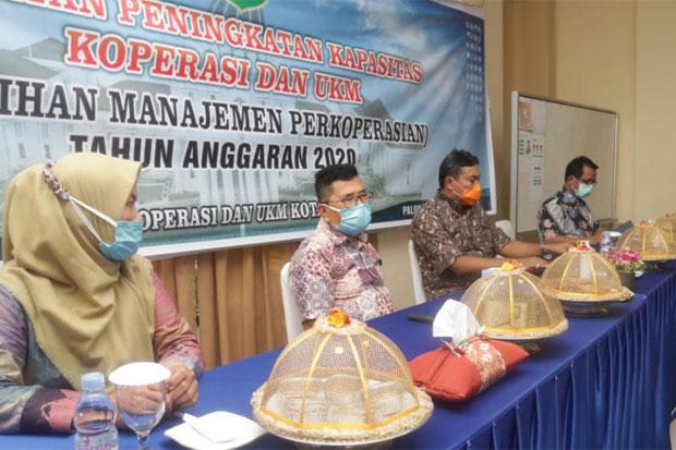 Wali Kota Palopo Tutup Pelatihan Manajemen Koperasi