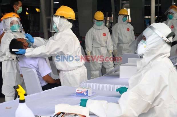 Pandemi Corona Tak Menyurutkan Optik Ini Berbagi kepada Sesama