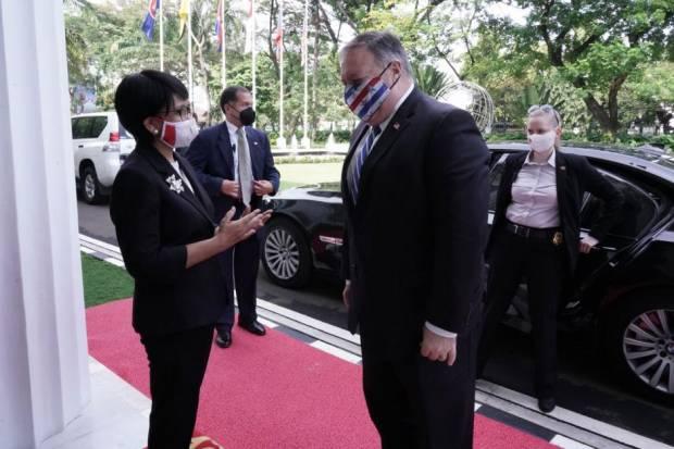 Efek Jokowi Iklan Omnibus Law di WEF, Menlu Retno: Investor Asing Keroyokan Masuk RI