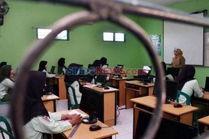 Persiapan Sekolah Tatap Muka, Skenario Swab Test Bagi Guru Disiapkan