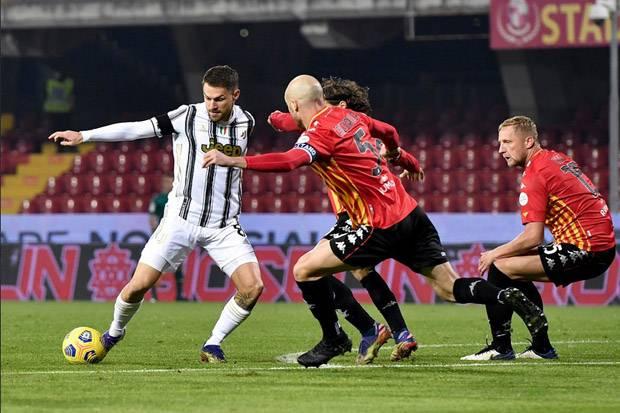 Juventus Cuma Pungut Satu Poin dari Markas Benevento