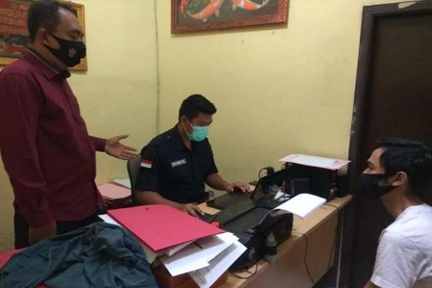 Uang Setoran Rp32 Juta Bablas Buat Judi Online, Kepala Toko Bakar Minimarket