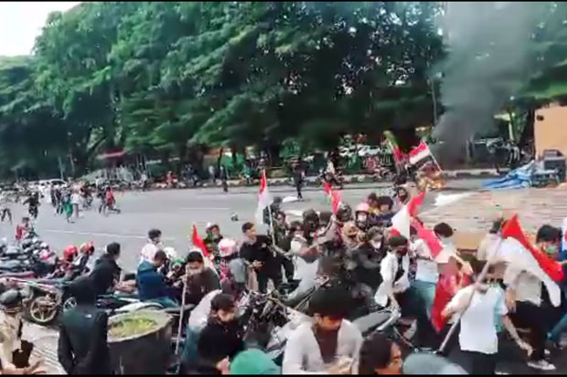 Penyerangan Terhadap Pengunjuk Rasa Tolak Habib Rizieq Diduga Direncanakan