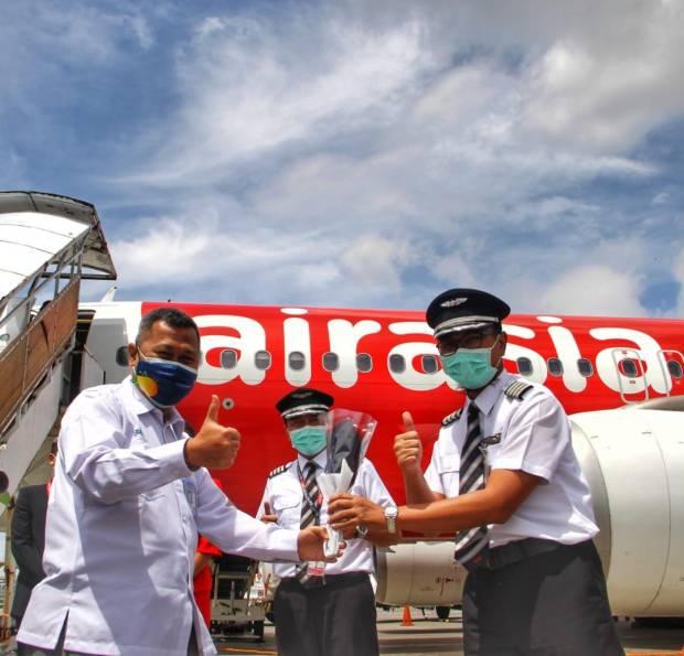 Setahun Tak Layani Penerbangan Domestik Airasia Kembali Buka Rute Bandung Denpasar