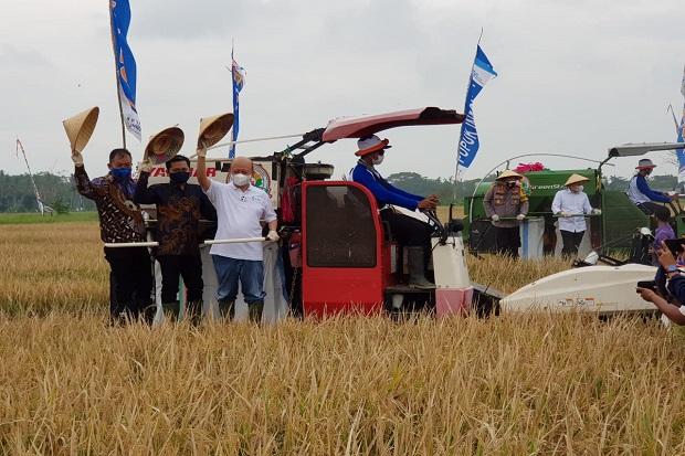 Bakir Pasaman: Tahun Depan 25.000 Hektare Lahan Pertanian Terapkan Agro-Solution