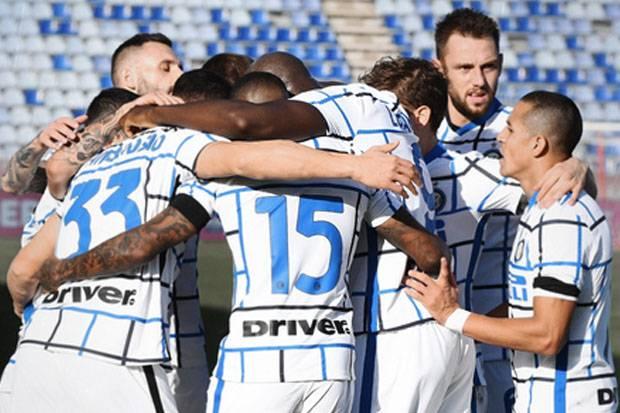 Comeback Dramatis, Inter Ganggu Milan Setelah Menang di Markas Cagliari