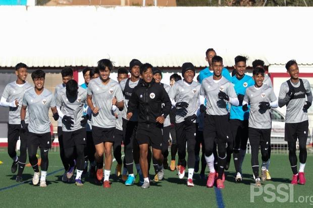 Cuaca Dingin di Spanyol, Timnas Indonesia U-19 Tetap Enjoy Latihan