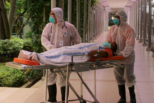 Ruang ICU Penanganan Pasien Covid-19 RSUD Lakipadada Tana Toraja Penuh