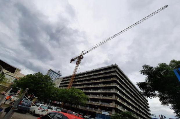 Retribusi Penggunaan Crane Tower di Makassar Segera Diatur