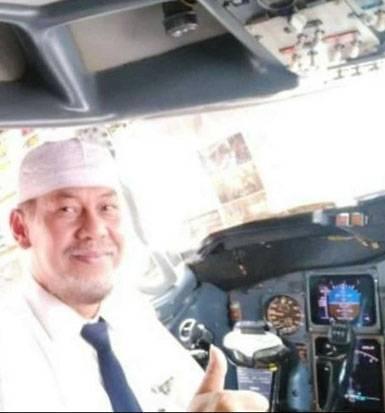 Warganet Saling Bagikan Memori tentang Kapten Afwan Pilot Sriwijaya Air yang Alim