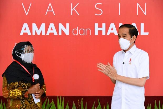 Divaksin Bareng Jokowi, Pedagang Ini Harap Wabah COVID-19 Cepat Berlalu