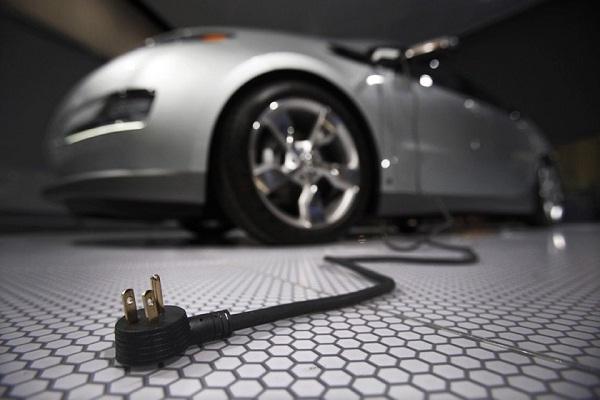 Tingkatkan Konsumsi, Mobil & Kompor Listrik Diandalkan