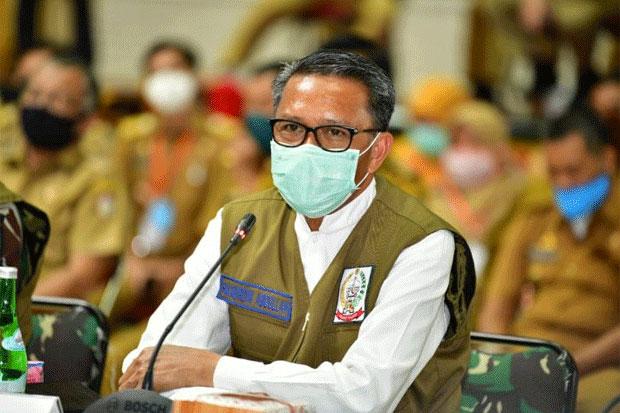 Vaksinasi Perdana Gubernur Sulsel Disiarkan Langsung