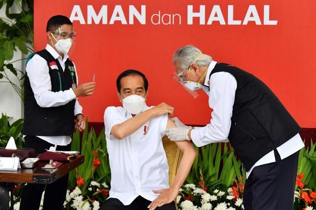 Euforia Vaksin oleh Jokowi Diharapkan Bisa Pulihkan Kepercayaan Publik