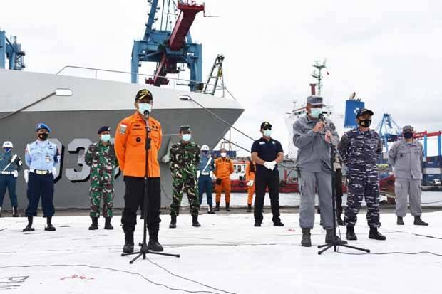 Hari ke-10 Pencarian Sriwijaya Air, Tim SAR Evakuasi 5 Kantong