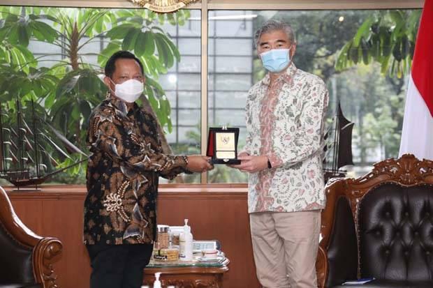 Partisipasi Tinggi dan Aman, Pilkada Indonesia Diapresiasi Amerika