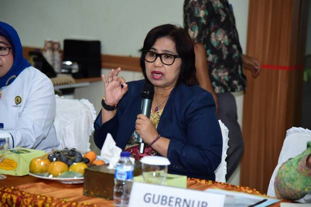 Tanggapi Fadli Zon, Irma Suryani: Bukannya Menyantuni Malah Bikin Puisi Basi