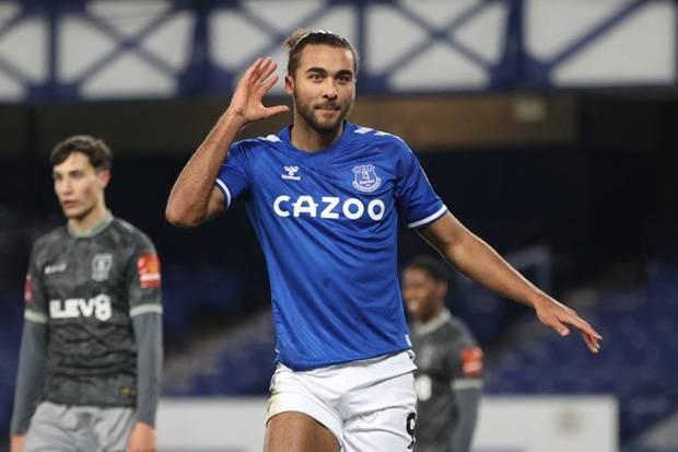 Everton Pesta 3 Gol ke Gawang Sheffield Wednesday