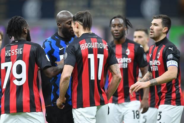 Soal Adu Fisik Lukaku vs Ibrahimovic, Conte: Ini Derby, Bukan Jalan-jalan di Taman