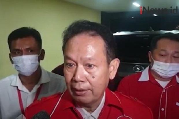 Pakai Seragam Relawan Jokowi ke Mabes Polri, Ambroncius Nababan Dinilai Tidak Bijak