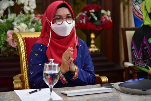 Lies F Nurdin Kukuhkan Pengurus Pokja Bunda PAUD Makassar