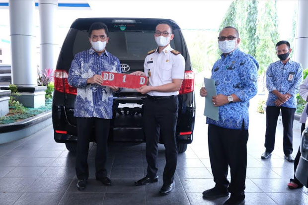 Hatta Rahman Dum Dua Mobil Dinas Bupati yang Selama ini Digunakan
