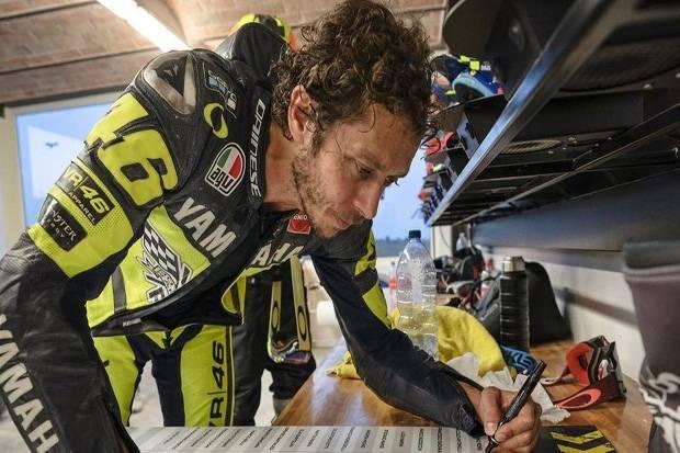 Valentino Rossi Antara Rekor yang Mungkin dan Tidak Mungkin